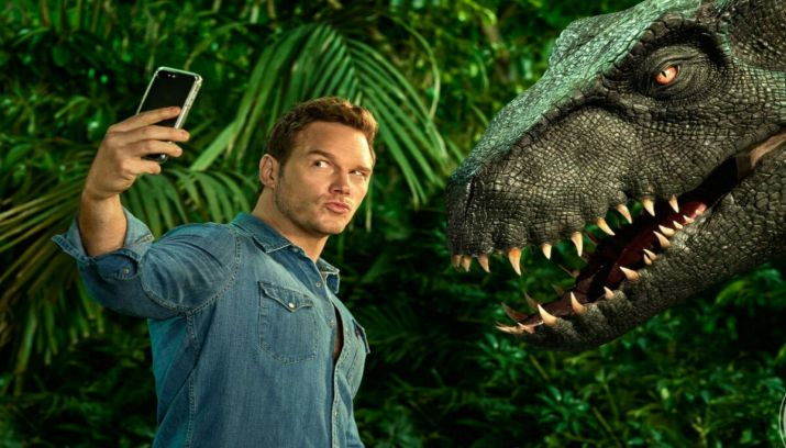 Jurassic World Fallen Kingdom review recensie vertelover.nl chris pratt selfie met dino